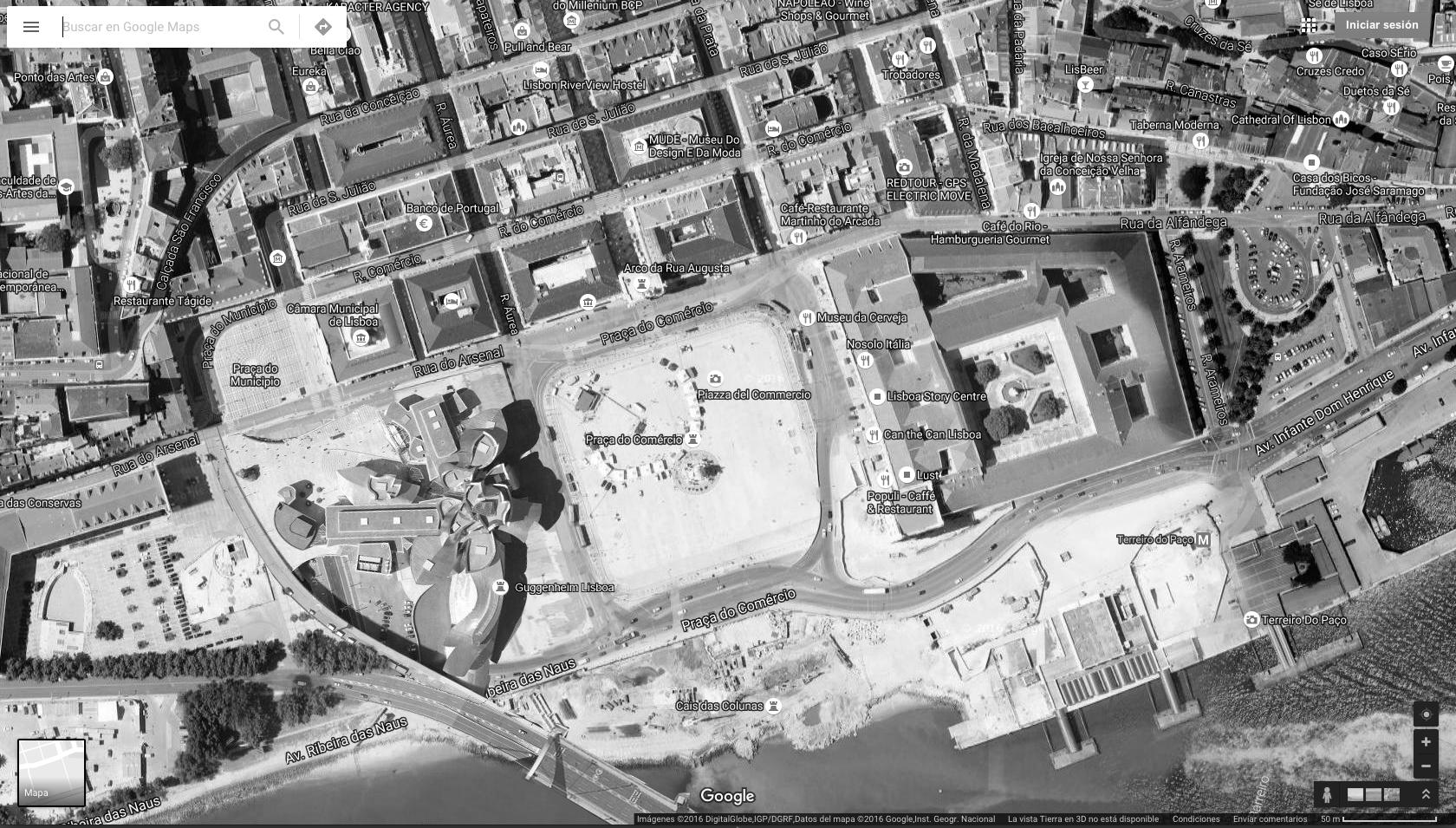 Google Maps Screenshot of the surroundings of Guggenheim Lisbon at Praça do Comercio